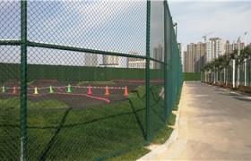 体育场铁丝网球场围栏勾花网护栏菱形网篮球场围栏运动场操场围网